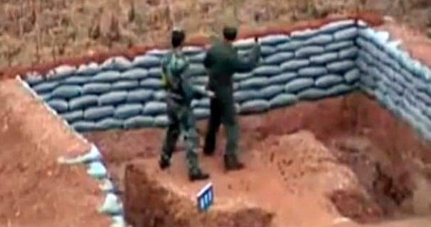 Kendi Kalesine Gol Atan Çin Askeri