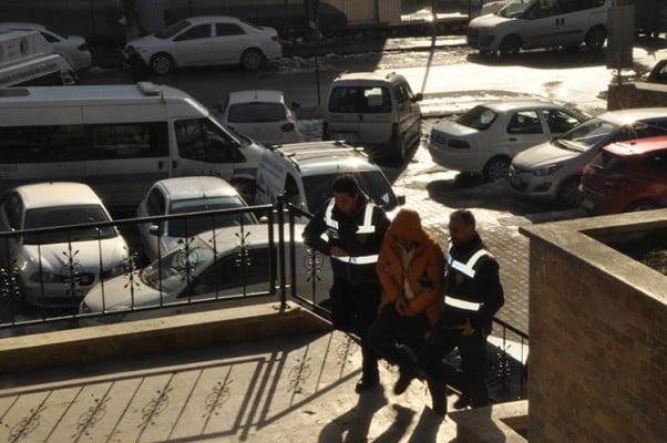 Bilecik'te uyuşturucu operasyonu 4 kişi yakalandı (3)