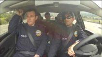 Polislere Araba İle Ters Dönmeyi Büyük Bir Zevk İle Anlatan Hoca