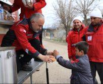 Kızılay Adıyaman'daki depremzedelerin acil dönem ihtiyaçlarını karşılıyor