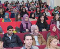 Çocuk Gelişimi Uzmanı Emine Ergün'den Konferans