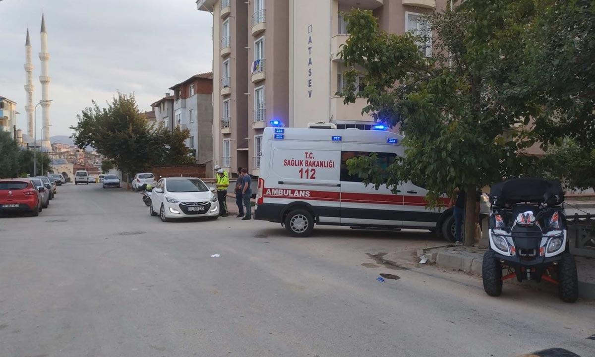 ATV siyle Kaldırıma Çarpan Kadın Yaralandı-2