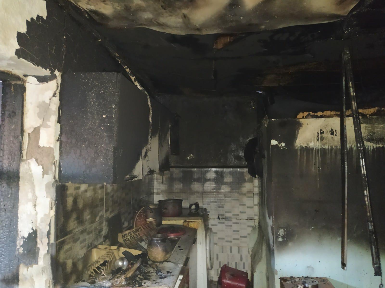 Bozüyük'te Ev Yangını Paniğe Sebep Oldu (4)