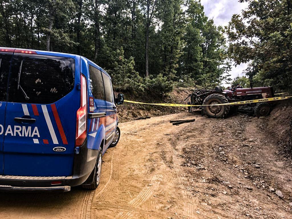 traktor kazasında hayatini kaybetti-elmabahce-koyu-bilecik